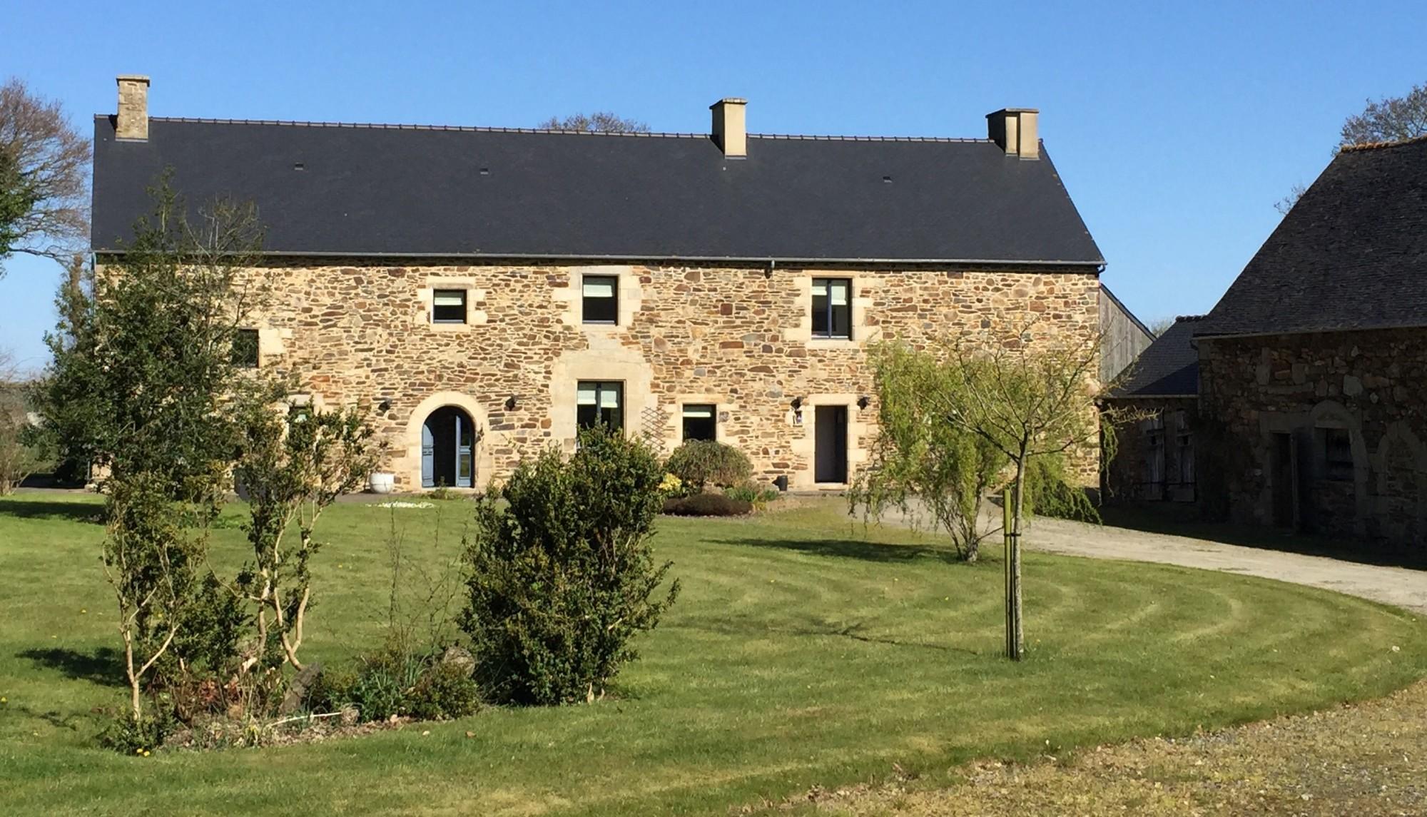 luxury farmhouse in brittany